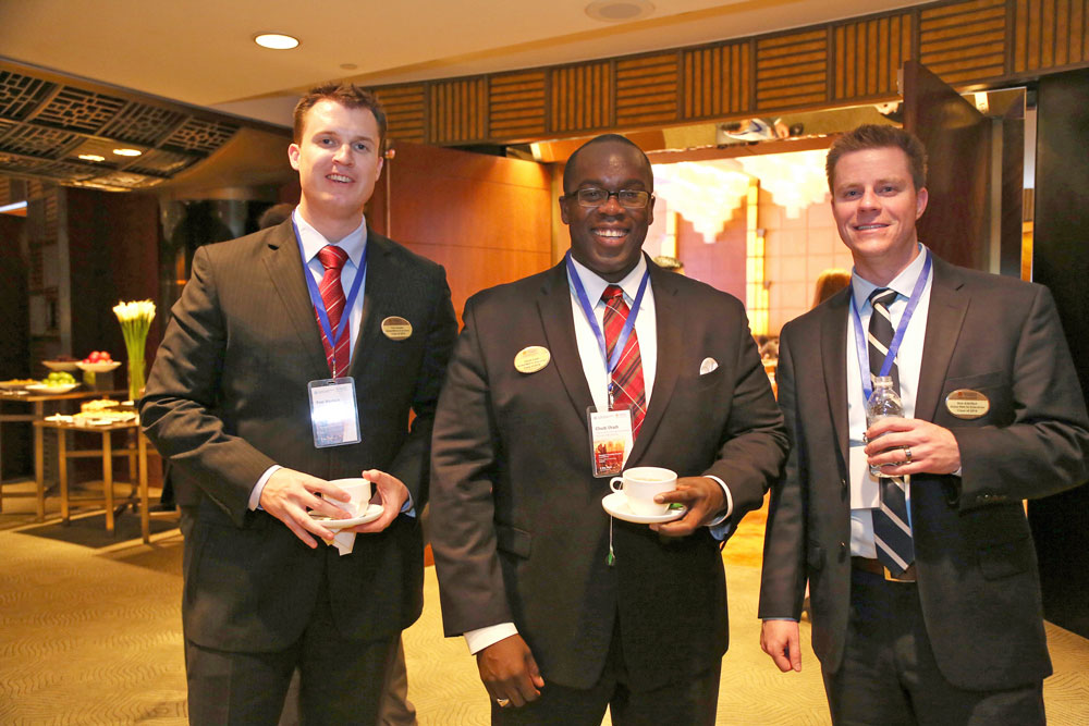 GEMBA students enjoy the Shanghai Investing Summit networking reception.